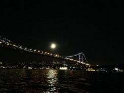 Dolunay'da İstanbul…